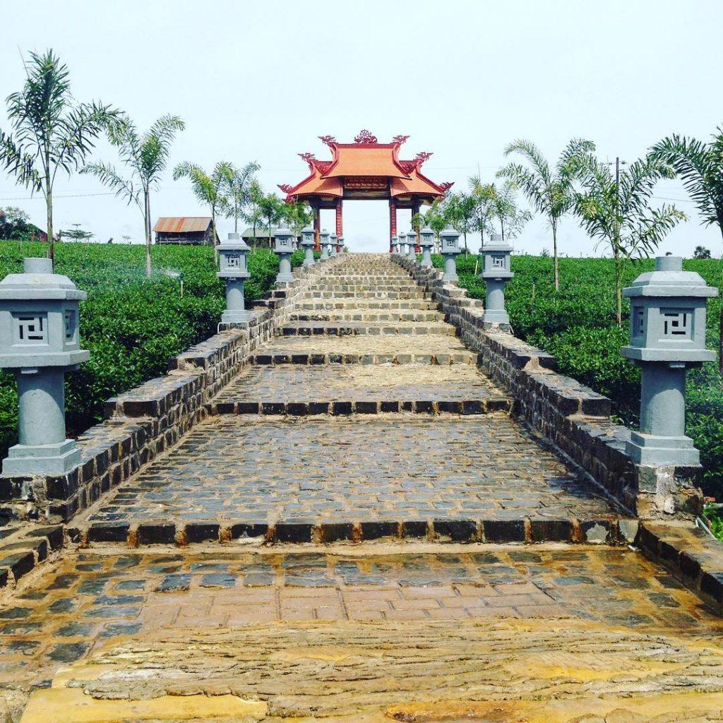 Chùa Di Đà – Thác Tam Hợp